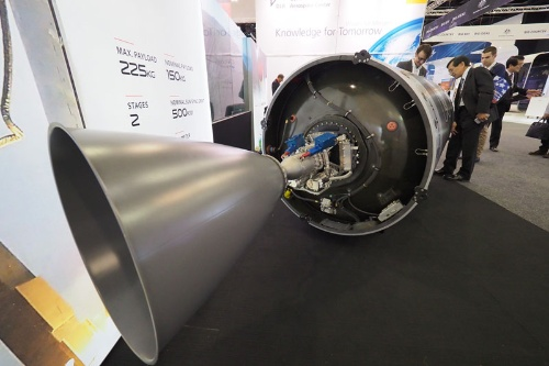 小型ロケットの2段目。ニュージーランドから打ち上げる「ロケットラボ」の「エレクトロン・ロケット」。