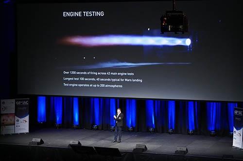 ラプターエンジンのテスト風景。