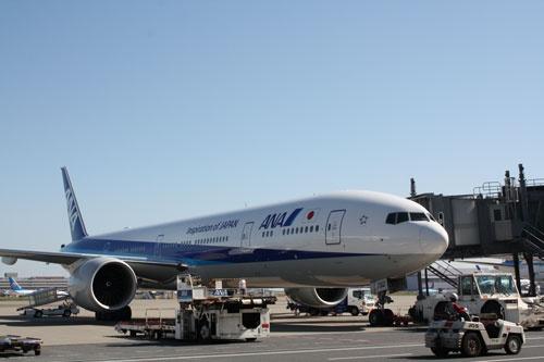 国際線でカタール航空に次ぐ2位のANAは、路線ネットワークの評価でJALを大きく上回っている。