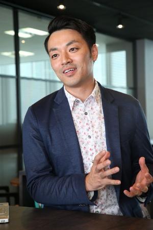 川島崇氏は、エアレジを活用して顧客企業の業績改善をサポート(写真:陶山 勉)