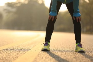 運動前の糖質の摂取が不足していると、グリコーゲンが足りなくなってスタミナ切れを起こす。(©lzflzf-123RF)