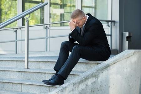 疲れやすくなった原因は、体を動かさなくなったこと、つまり生活活動量が落ちていることかもしれない。(c)Andriy Popov-123RF