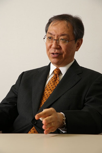 神戸大学の三品和広教授(写真:陶山 勉、以下同)