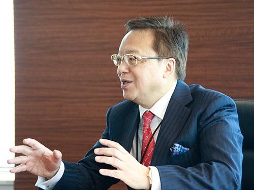 <b>三宅卓(みやけ・すぐる)</b> 1952年生まれ。大阪工業大学工学部経営工学科卒。1977年、事務機械,情報処理機械を手掛ける日本オリベッティに入社。1991年、日本M&Aセンターの設立に参画。2008年、社長に就任。中堅・中小企業の事業継承について全国を回って講演している