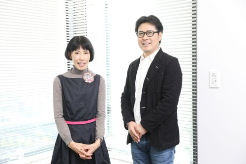 ジンズの田中仁社長(写真左、撮影/鈴木愛子)