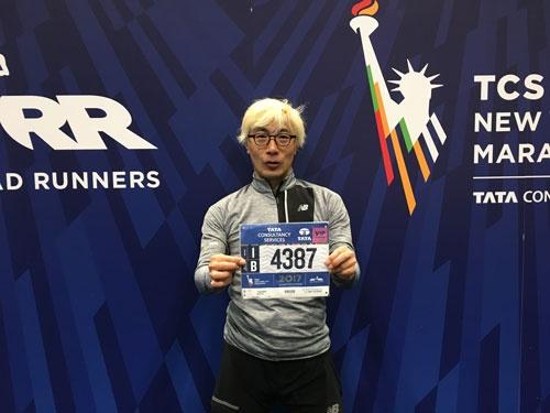 西本武司です。「走ること」の面白さに本格的にのめりこんで9年ほどになります。写真は今年のニューヨークシティマラソンにて