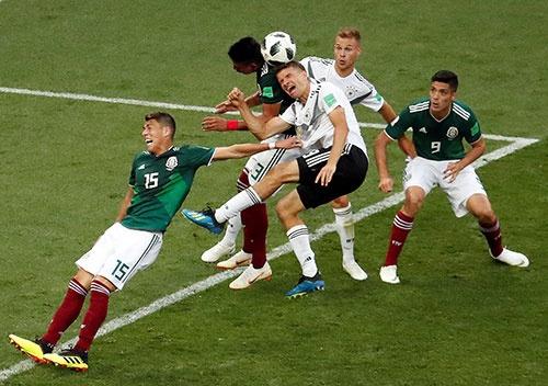 2018年のワールドカップで、優勝候補のドイツが初戦でメキシコに敗退した(写真:ロイター/アフロ)