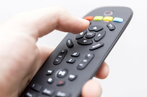 競合製品だけを見て企画したテレビは、真のニーズを捉えていない