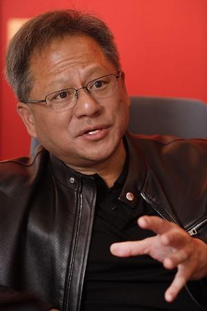 <b>ジェンスン・フアン氏</b><br /> エヌビディア共同創業者兼CEO(最高経営責任者)<br /> 1963年、台湾生まれ。LSI Logic でエンジニアリングやマーケティング、および総括経営に携わった後、米AMDでマイクロプロセッサーの設計に従事。オレゴン州立大学で電気工学理学士号、およびスタンフォード大学で電気工学修士号を取得。1993年、エヌビディアを共同創業<br /> (写真=林 幸一郎)