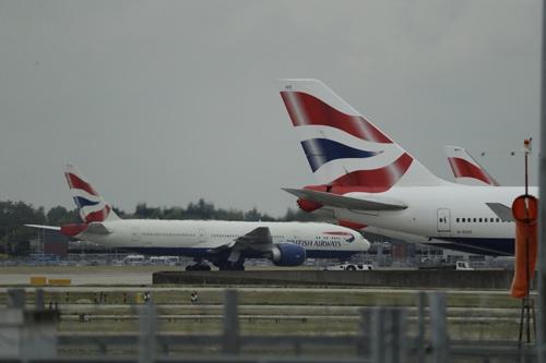 英航空大手ブリティッシュ・エアウェイズ(BA)を傘下に持つインターナショナル・エアラインズ・グループ(IAG)は、欧州の主要航空会社で最も利益率が高い(写真:AP/アフロ)