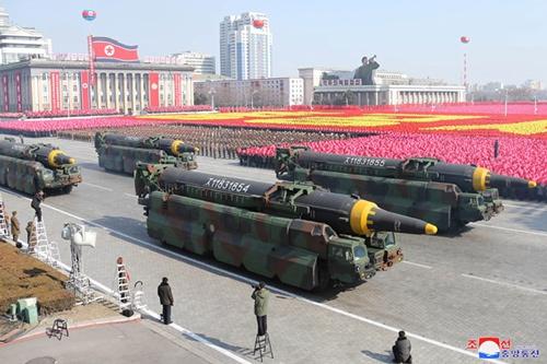 (写真:KCNA/UPI/アフロ)