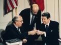 米国のINF条約離脱とドイツの核武装をめぐる議論