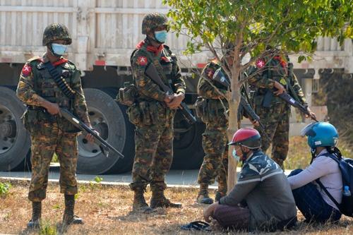ミャンマーの軍は、1962年、1988年に次いで再びクーデターを実行した(写真:AFP/アフロ)