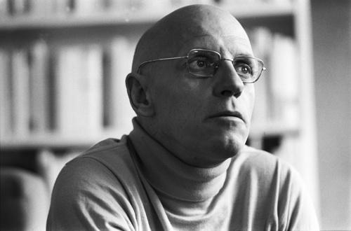 ミシェル・フーコー。『言葉と物』『狂気の歴史』『知の考古学』などの著書で知られる(写真:Roland Allard/Agence Vu/アフロ)