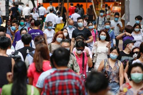 香港の今。「香港国家安全維持法の運用の下で行政運営の実験的な取り組みを重ね、失敗を経験しつつ、落としどころを探っていくのだと思います」(瀬口清之氏)(写真:ロイター/アフロ)