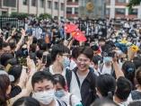 塾代が月17万円も、過熱する中国の教育市場に習政権が管理の手