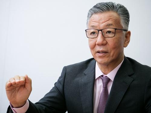 "<span class=""fontBold"">瀬口 清之(せぐち・きよゆき)</span><br />キヤノングローバル戦略研究所 研究主幹 1982年東京大学経済学部を卒業した後、日本銀行に入行。政策委員会室企画役、米国ランド研究所への派遣を経て、2006年北京事務所長に。2008年に国際局企画役に就任。2009年から現職。(写真:加藤 康)"