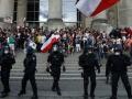 ドイツのコロナ対策反対デモにネオナチの影
