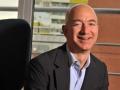 2012年アマゾンのベゾス氏。顧客中心掲げ事業を拡大