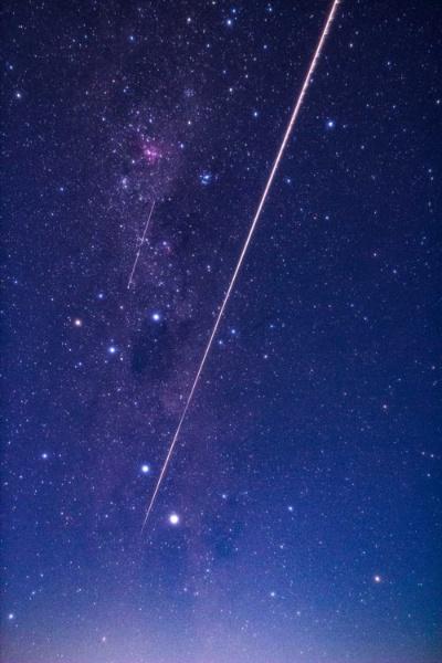 2020年12月6日、オーストラリア・ウーメラ砂漠に、はやぶさ2の再突入カプセルは帰還した(画像:JAXA)