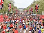 ロンドンでは累計1400億円、「マラソンで寄付」の意義