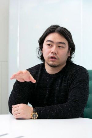 中川祥太氏は約700人の従業員全員が完全在宅勤務の形を取るキャスターの社長(写真:的野 弘路)