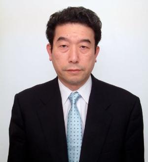 "<span class=""fontBold"">橘川武郎(きっかわ・たけお)氏</span><br />1951年和歌山県生まれ。現在は国際大学大学院国際経営学研究科教授、東京大学名誉教授、一橋大学名誉教授。経営史学会会長や経済産業省・資源エネルギー庁の総合資源エネルギー調査会委員などを歴任。エネルギー問題や電力業界の構造に精通し、歯にきぬ着せぬ論客として知られる。著書に『エネルギー・シフト』『災後日本の電力業』など。"