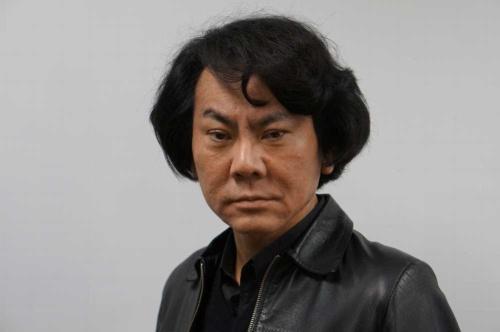 「人間はロボットに進化する」と語る大阪大学の石黒浩教授