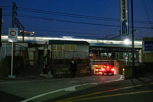 高輪橋架道橋ガードの内陸(第一京浜)側の入り口。2007年撮影