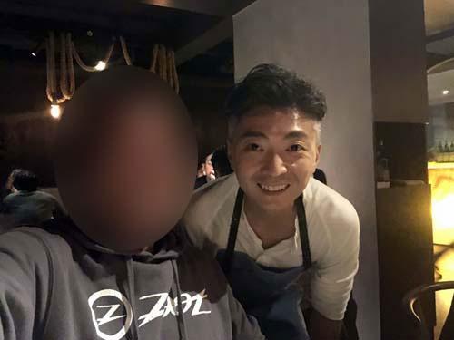 シェフのRichie Lin氏。シェフというよりも、一流のビジネスマンの雰囲気を持った青年です。香港生まれのカナダ育ち。来週来日し、二郎でラーメンを食べるそうです(笑)。