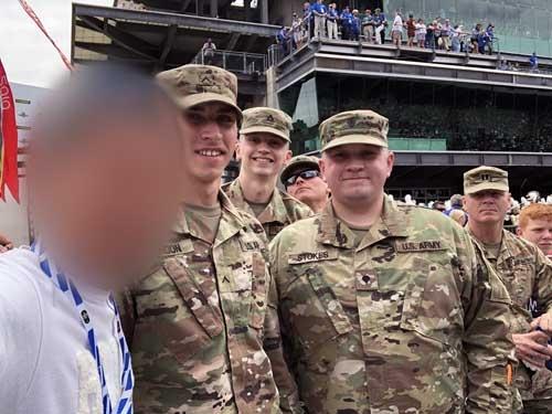 決勝はメモリアルデーの前日に行われる。米5軍が集結している。Armyのみなさんと。