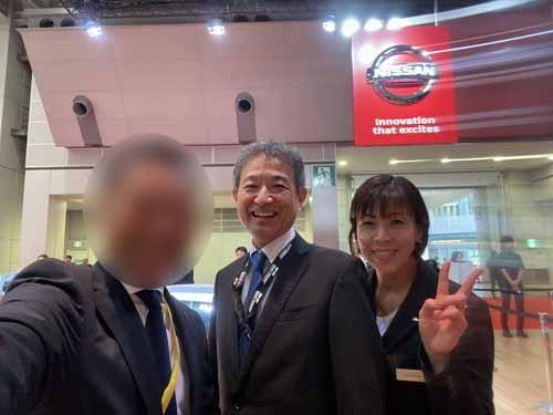 GT-R田村宏志さん、日産広報・星野景子さんと。