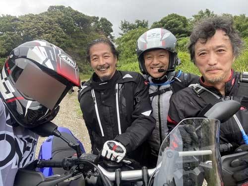 バイク界の大物お三方と、免許取得1カ月の不肖フェル。