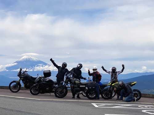 バイク楽しいです。乗らないのは人生の損失です。