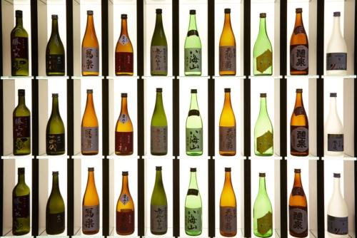 お酒の種類によってどんな違いがあるだろうか(イメージ、写真:shutterstock)