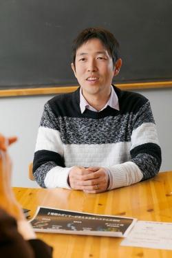 生命の起源を研究している宇宙生物学者の藤島皓介さん。