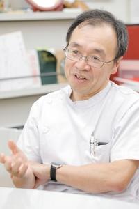 日本の慢性疼痛医療をけん引する医師の1人、愛知医科大学の牛田享宏教授。