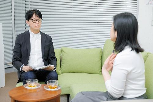 発達障害を愛着障害とみる誤診が多い、と神尾さんは警鐘を鳴らす。