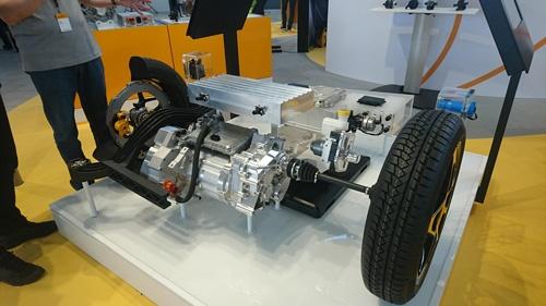 中国の完成車向けに、年内に中国で量産を始める電気駆動システム