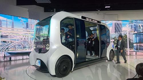 トヨタ自動車の「e-Palette(東京2020オリンピック・パラリンピック仕様)」。東京オリンピック・パラリンピックで選手村内での移動向けに提供する。