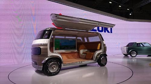 自動運転EVのコンセプト車「HANARE」。自宅の「離れ」のように使えるクルマ、がテーマ。