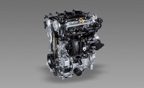 ヤリスに搭載された新型1.5Lエンジン。直列3気筒で、2.0Lの4気筒エンジンから1気筒減らした「モジュールエンジン」だ。(写真:トヨタ自動車)