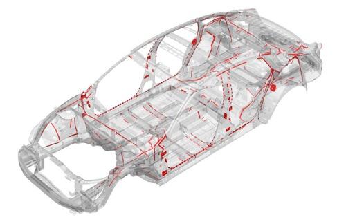 構造用接着剤を43mにわたって採用し、車体剛性を高めた(資料:ホンダ)
