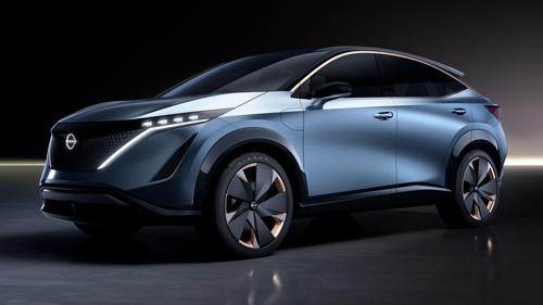 日産が7月15日に発表する新型EV「アリア」(2019年秋の東京モーターショーに出展されたコンセプトモデル、写真:日産自動車)