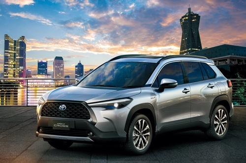 トヨタ自動車がタイで発表した「カローラ クロス」(写真:トヨタ自動車)