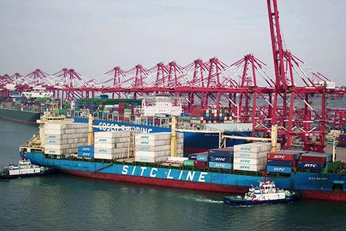米中貿易戦争の影響は、令和に持ち越し(写真=AP/アフロ)