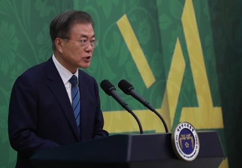 日韓の対立が深刻化している。写真は文在寅(ムン・ジェイン)大統領(写真:YONHAP NEWS/アフロ)