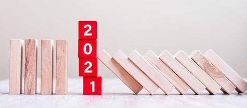 今年は何が起こるだろうか(写真:PIXTA)