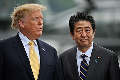 G20大阪サミットが6月28日から開催される。米中、日米など2国間外交に注目が集まるが、多国間外交こそ本質だ。写真は今年5月のトランプ米大統領の来日時(写真:代表撮影/ロイター/アフロ)
