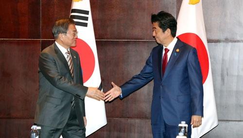 12月24日に日韓首脳会談が開かれたが……(写真:YONHAP NEWS/アフロ)